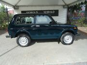 Lada Niva 1.7i 4x4 Basis/ R-CD/Euro 5/AHK/Seniorenb.