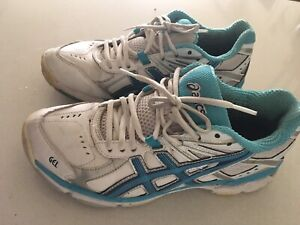 ASICS RUNNING SHOES GEL VGC  SIZE  7 & 1/2 West End Brisbane South West Preview