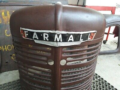 1939 1940 Vintage Farmall Tractor H Nose Grill.