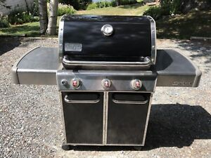 Weber Natural Gas barbecue with cover