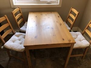 IKEA dining table set with 4 chairs