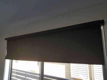 roller blind grey, 1800 wide 2000 drop