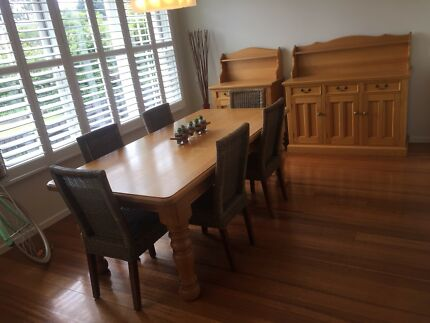 Bespoke Victorian Ash - 8 Seater Dining Table