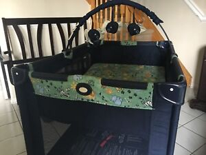 "Graco Portable Play Pen ""Pack 'n Play"""