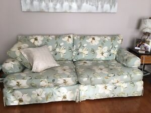 Sofa &2 seater loveseat