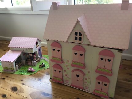 ELC Wooden Doll House, Farm House plus all Furniture & People