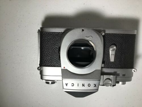 VINTAGE KONICA FS CAMERA BODY