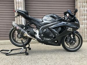 Suzuki GSXR 750 K9 super clean