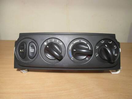 HOLDEN VT,VX,VU,WH COMMODORE HEATER/AIR CONDITION CONTROLS