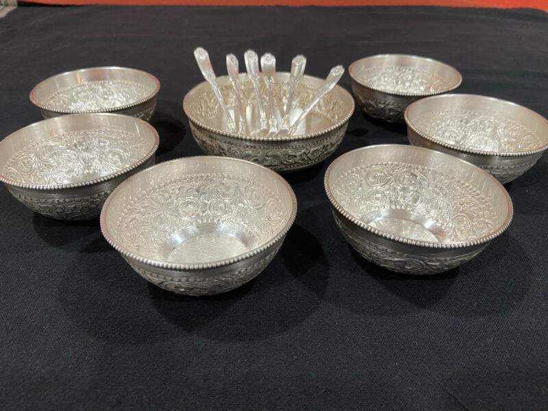 sterling silver bowl set- 1 Large & 6 small + 6 spoons all silver - 555.20 Grams