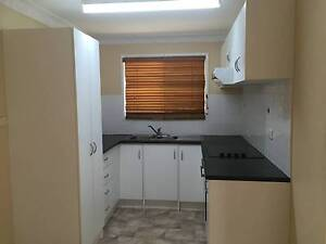 LOWSET HOUSE WITH A/C & GARAGE + ONE WEEKS FREE RENT Kawana Rockhampton City Preview