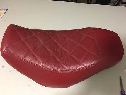 Kawasaki VN900 Classic Leather Seat
