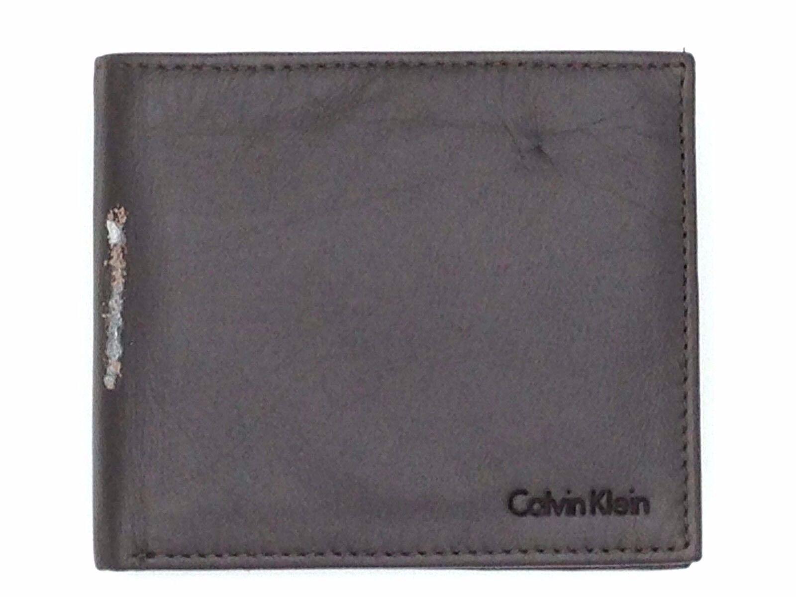 $95 CALVIN KLEIN MENS BROWN LEATHER BIFOLD PASSCASE COIN POC