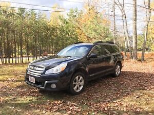 2013 Subaru Outback w. Winter tires and extended warranty