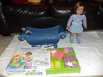 AMERICAN GIRL DOLL WITH CLOTHES AND A LOT OF EXTRAS