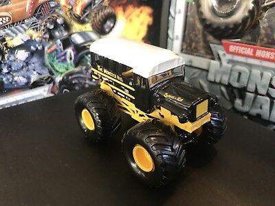 Hot Wheels Monster Jam Truck 1 64 Die Cast Metal Base Small Hub The Monster Bus