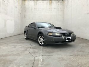 FORD MUSTANG - $2000 OBO