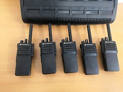 Motorola DP4400e UHF Digital Two Way Radio Walkie Talkie + charger 16 channel
