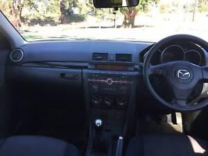 2004 Mazda 3 MANUAL Sedan $2999 ( CHEAP MOTORING!! )