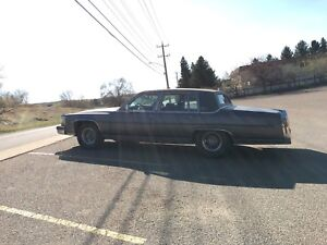 1988 Cadillac Brougham D'elegance fully loaded