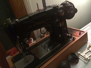 Classic singer sewing machine Upper Mount Gravatt Brisbane South East Preview