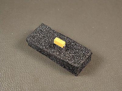 Md012a220ksa Avx 2 Pin Dip Capacitor 200v 22 Pf 10 C0g M3901422-0951 Nos