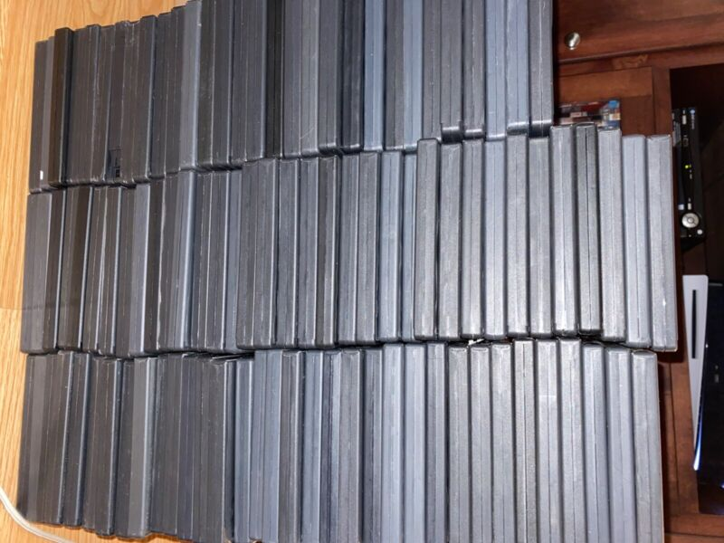 Black DVD cases empty (used but in good condition) LOT OF 10