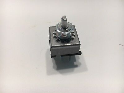 Blower Control Switch for White/Oliver/Minn-Mo/Allis-Chalmers/Gleaner 71195109 White Control Switch