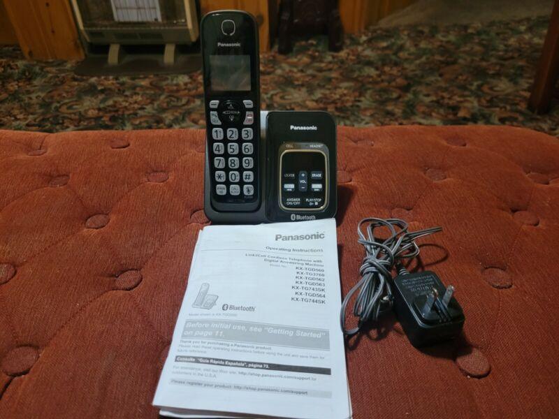Panasonic KX-TGD560 Link2Cell Bluetooth Cordless Phone w 1 Handset Telephone