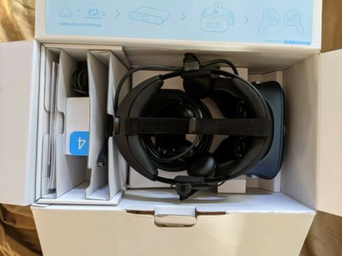 HTC Vive Cosmos Full Kit