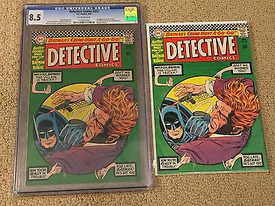 Detective Comics CGC 8.5 OW Pages- Batman & Robin Pinup 2-Page Centerfold
