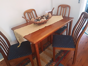 Wooden table and chairs Pagewood Botany Bay Area Preview