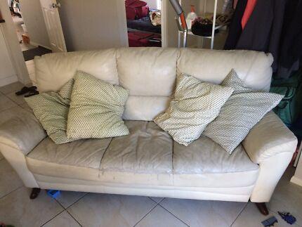 Super Comfy Sofa Must Go Asap Sofas Gumtree Australia Ipswich