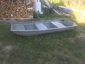 10' all welded Jon boat