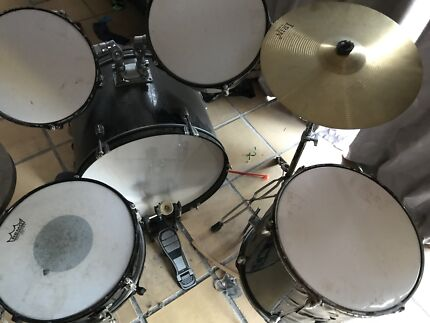 Drum kit. For sale