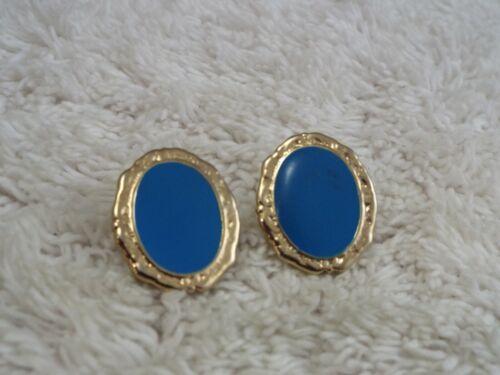 Goldtone Blue Button Pierced Earrings (C2)