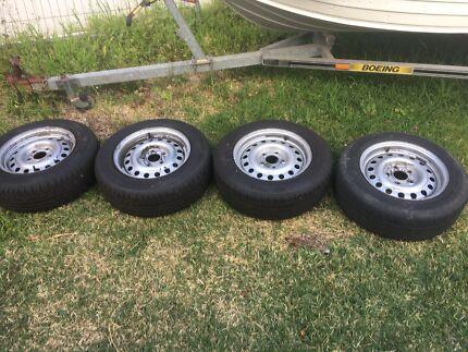 VZ commodore wheels