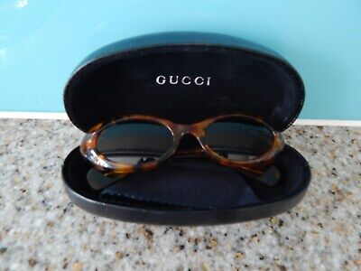 **VINTAGE 'GUCCI' SUNGLASSES IN ORIGINAL CASE WITH CLEANING CLOTH**