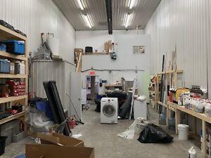 Bureau En Gros Gatineau Plateau : Garage 🏢 lease buy or rent commercial office space in