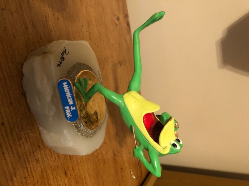 Michigan J Frog Figurine 1996 Warner Brothers Store Exclusive. Great condition