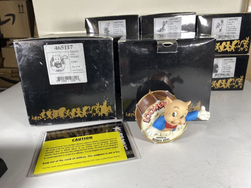 "Goebel Spotlight Collection Looney Tunes - ""THAT"
