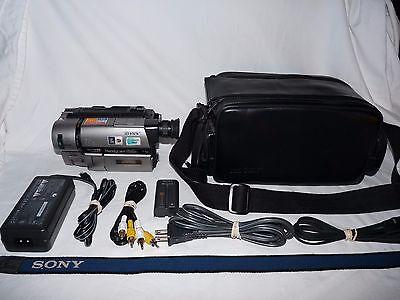 Видеокамеры Sony Handycam CCD-TRV65 8mm Video8