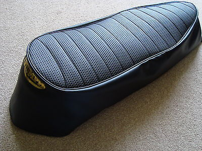 MOTORCYCLE SEAT COVER   TRIUMPH DAYTONA T100 WITH GOLD PRINT