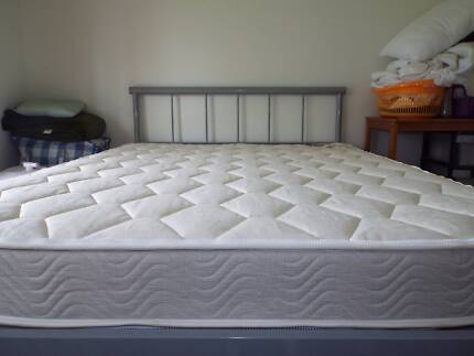 CARAVAN MATTRESS.    LIKE NEW!!!!!   (USED ONCE ONLY)