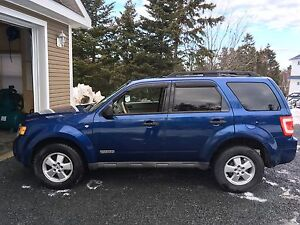 Sold !!   2008 ford escape XLT awd