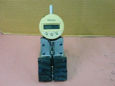 Mitutoyo 543-611 Digital Indicator With Custom Indicator Base Stand