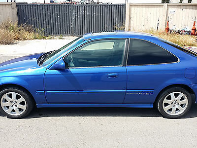 1999 Honda Civic si 1999 honda civic si em1 100% complete and stock rare find here clear title