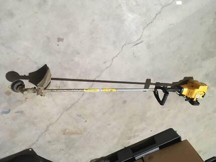 McCulloch TM 251 SST  Line Trimmer Whipper Snipper 2 Stroke