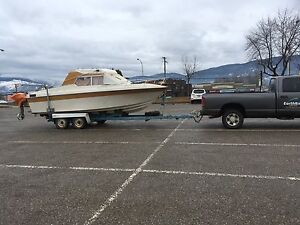 22' reinell fishing cruiser IMMACULATE