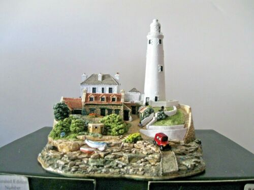 "Lilliput Lane Illuminated ""St. Mary"